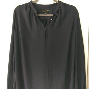 Banana Republic Size S Flowy Navy Buttom Up Blouse